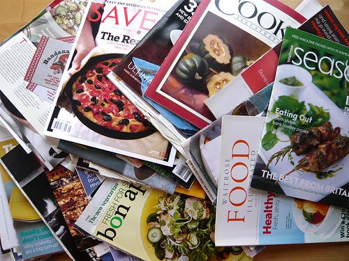 70誌以上の雑誌が読み放題!通勤通学や待ち時間にも便利